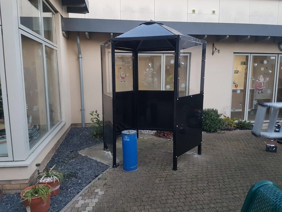 Executive Smoking Shelter